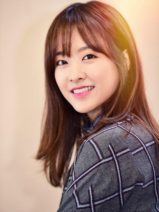 Seol In A Pemeran Hong Nam Joo