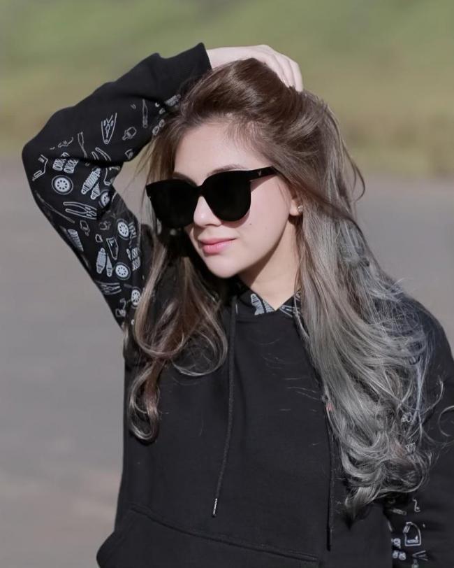 Profil dan Biodata Celine Evangelista Plus Foto Lengkap