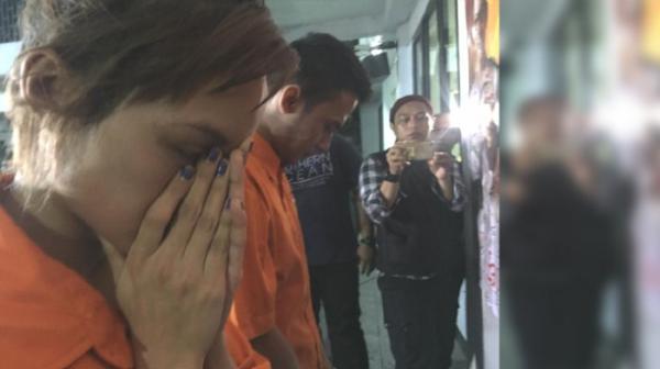 Penangkapan Safitri Triesjaya Crespin Si Artis Ftv Karena Narkoba