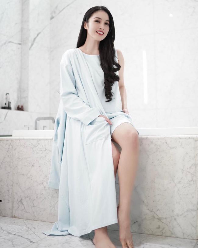 Sandra Dewi 2