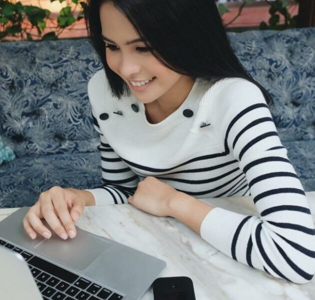 Profil Biodata Maudy Ayunda