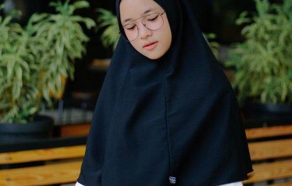 Nissa Sabyan 18