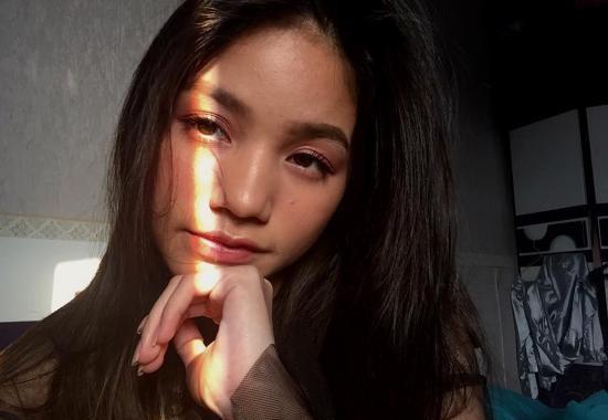 Bella Graceva 23