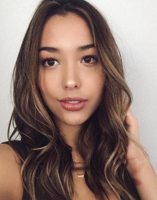 Annisa Rawles 19