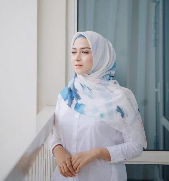 Nina Zatulini 19