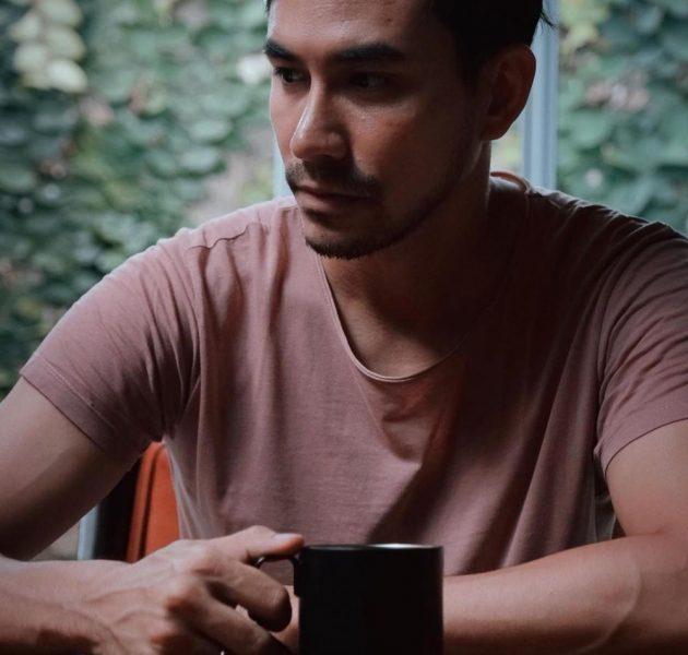 Darius Sinathrya sebagai Rangga