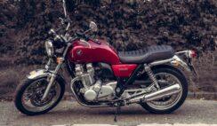 Agar usia motor lebih lama, rawatlah mesin motor Anda