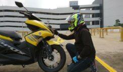 Kendarai motor dengan kecepatan stabil