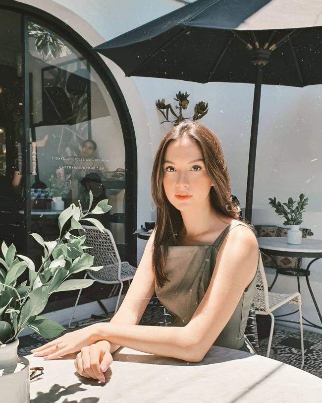 Karina Nadila 23