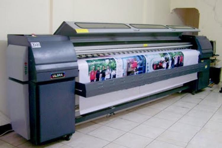Mesin Cetak Digital Printing